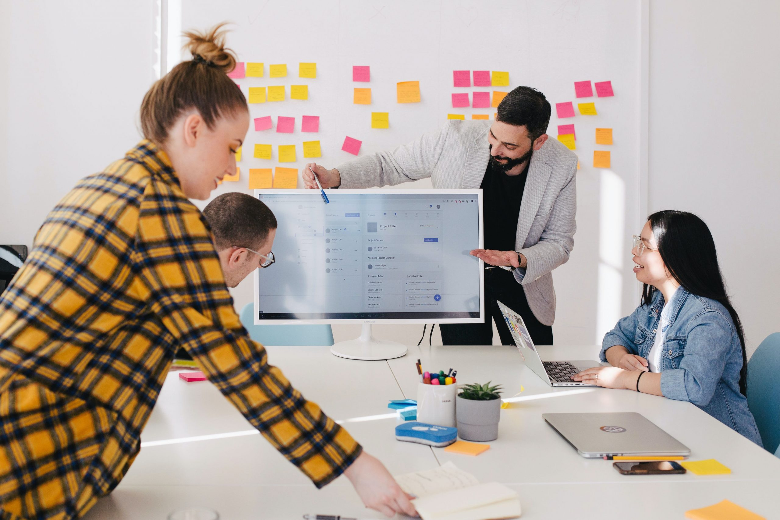 in-house agency working together to a common goal